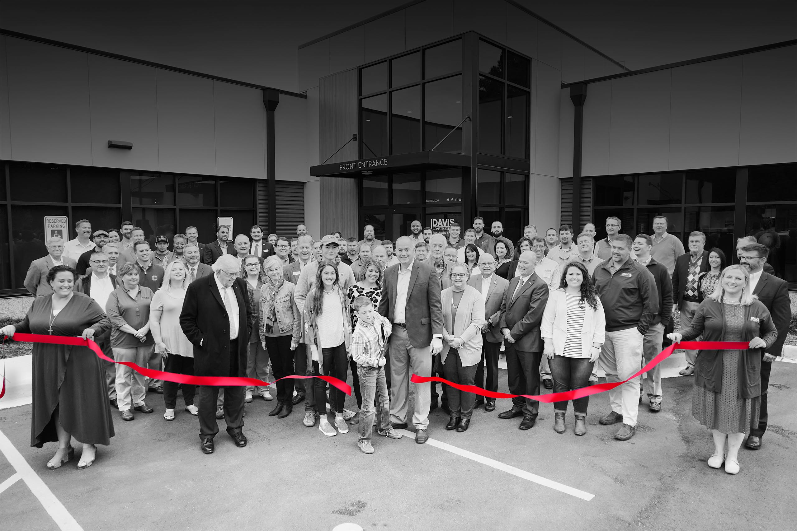 ribbon cutting at the JDavis Construction office